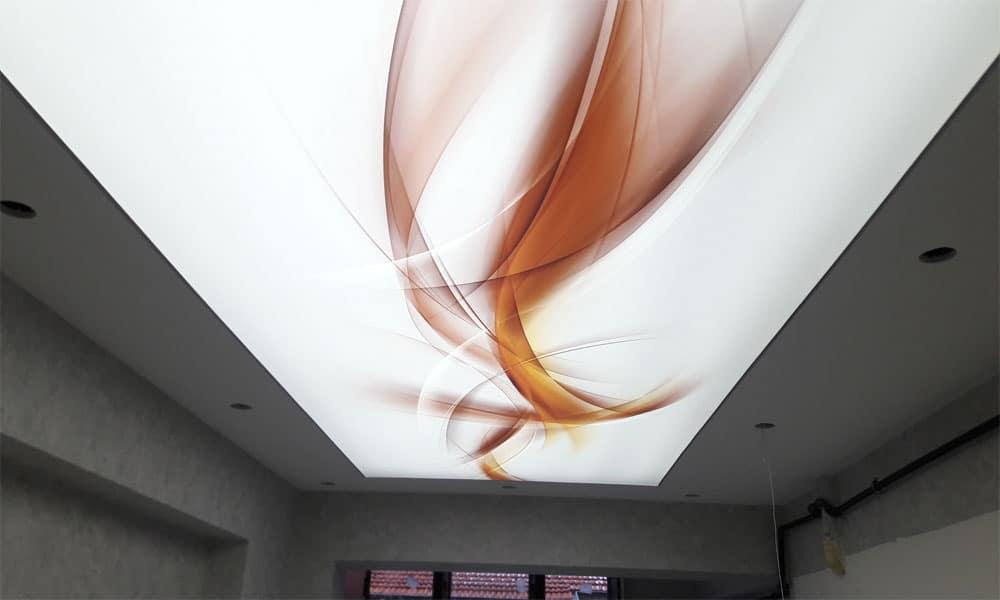 Gergi Tavan İşimiz Bitti - Tüm işlerimizi özenle bitirdik ve gergi tavanımızı montaj yaptık. Led aydınlatmaları taktığımızda çok modern ve kaliteli bir tavan ortaya çıktı.